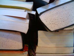 old-books-58205-m