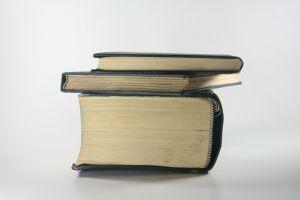 Bücher entsorgen – So geht's richtig und das sind die Alternativen